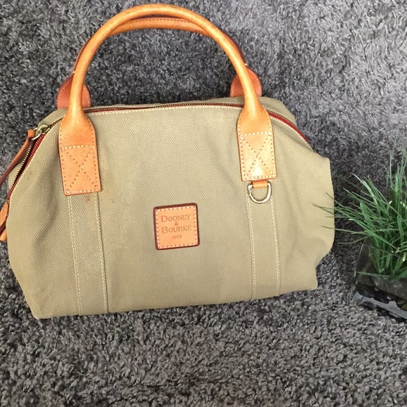 Dooney & Bourke Handbags - Rooney & Bourke olive handbag